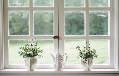 windows that need cleaning in a Bournemouth house